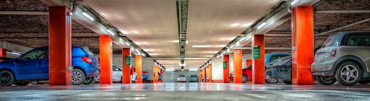 Quels outils de recherche pour trouver le meilleur emplacement de parking avant l'acquisition?